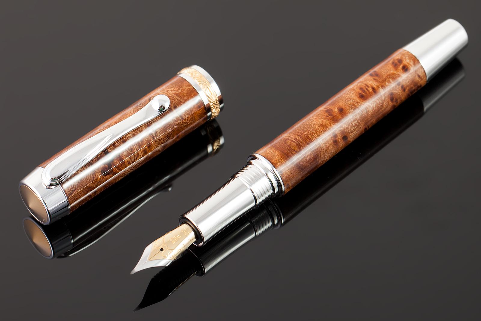 Füller-Ulme-Maserholz-Echtgold-Feder-003