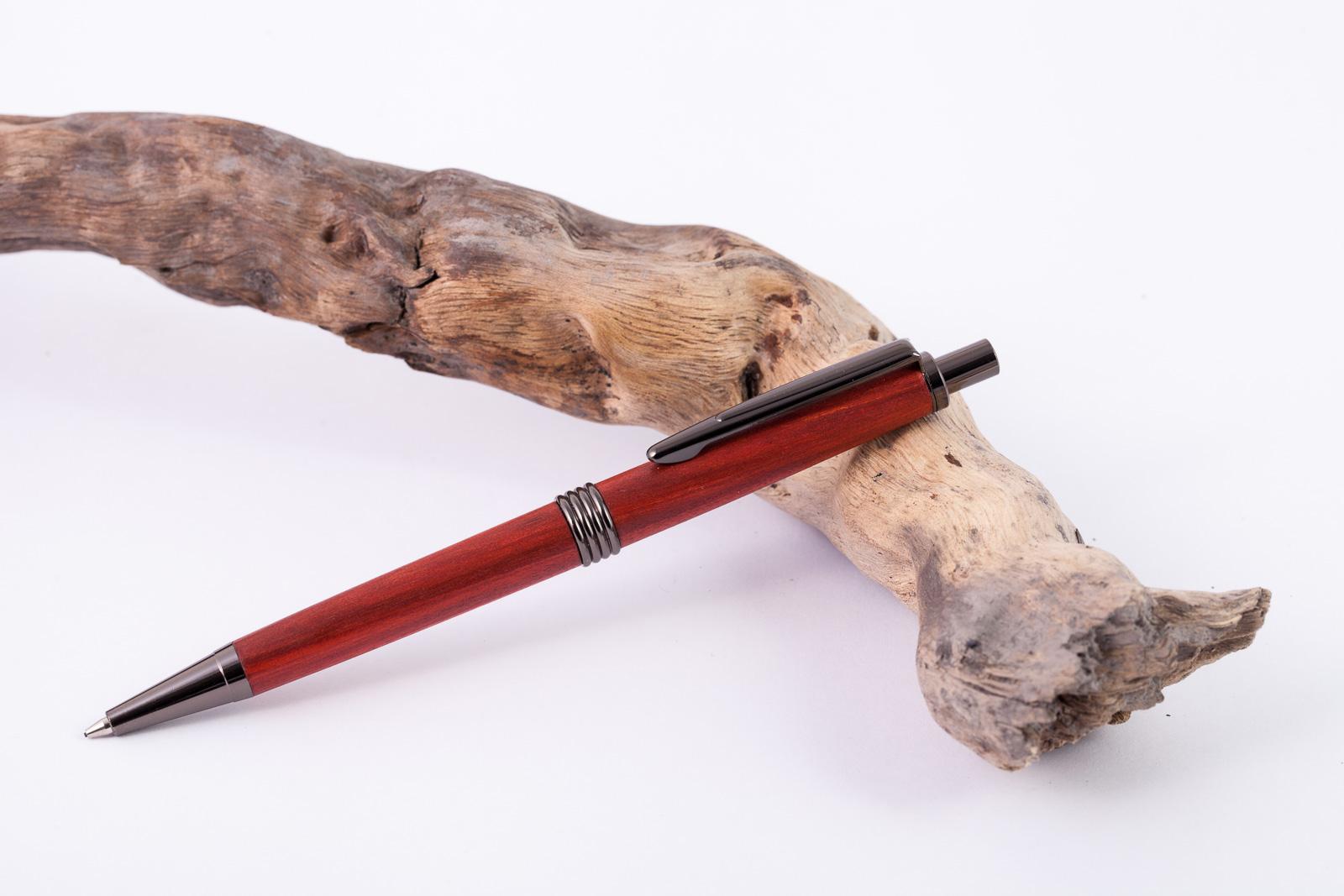 Holz-Feinminenbleistift-Redheart
