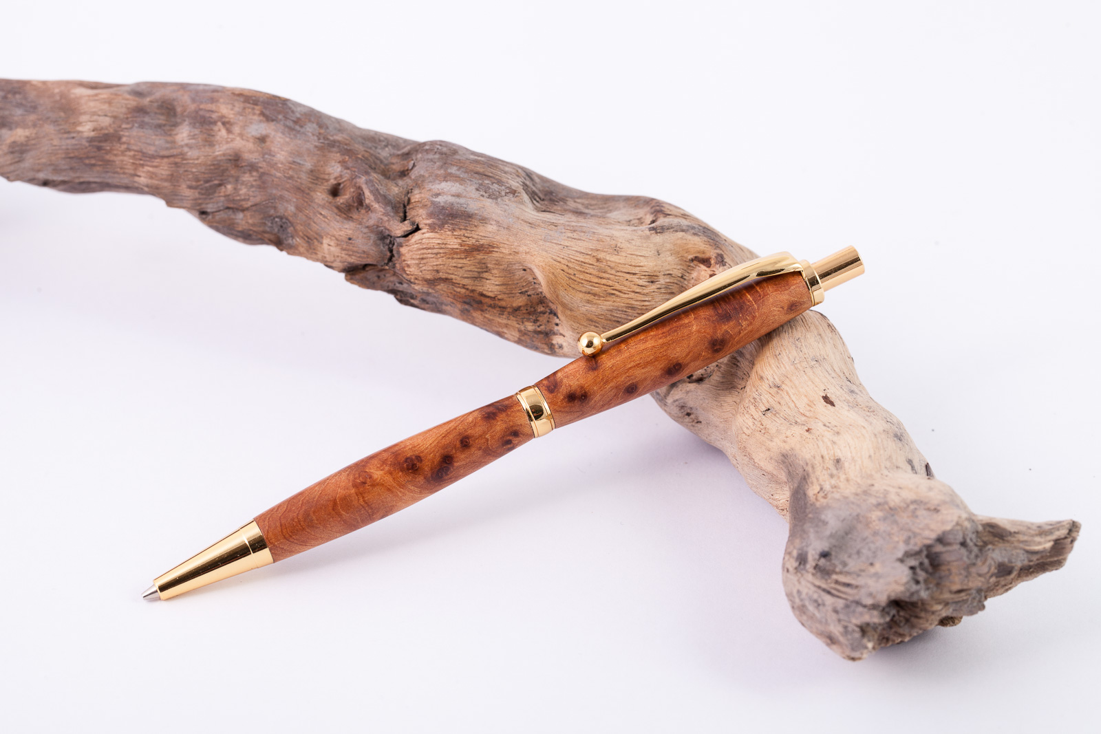 Holz-Feinminenbleistift-Thuja-Maserholz